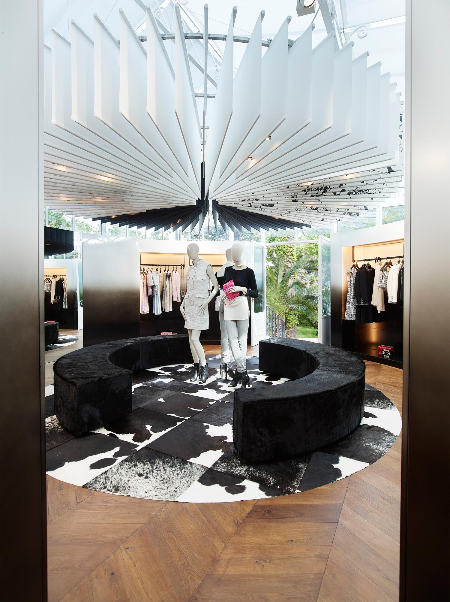 Inside Chanel's Ephemeral Boutique In Saint-Tropez